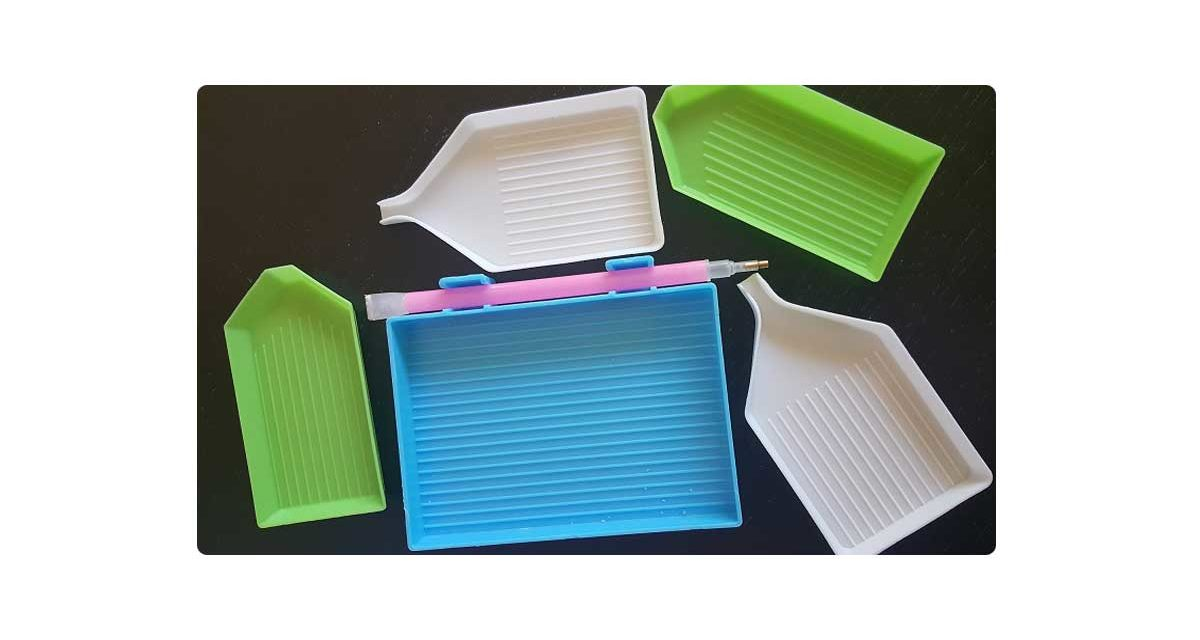 Trays – different types