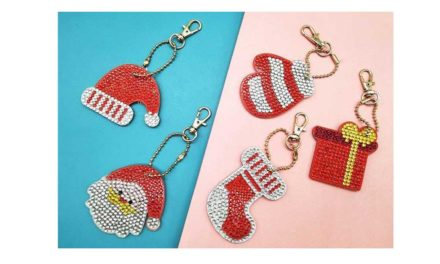 Week 51 – Key chains with Christmas motifs