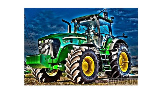 Week 30 – Green tractor